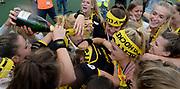 Den Bosch celebrate winning the final of the EHCC 2017 at Den Bosch HC, The Netherlands, 5th June 2017