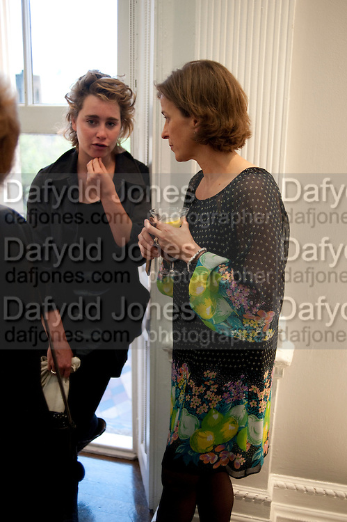 MCA- Sydney cocktails. Brandon rooms. ICA. London. 11 October 2011. <br /> <br />  , -DO NOT ARCHIVE-&copy; Copyright Photograph by Dafydd Jones. 248 Clapham Rd. London SW9 0PZ. Tel 0207 820 0771. www.dafjones.com.