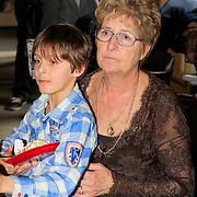 NLD/Amsterdam/20130306 - 1000ste concert Frans Bauer in Carre, Frans Bauer Jr, met de moeder van Mariska Bauer (van Rossenberg)