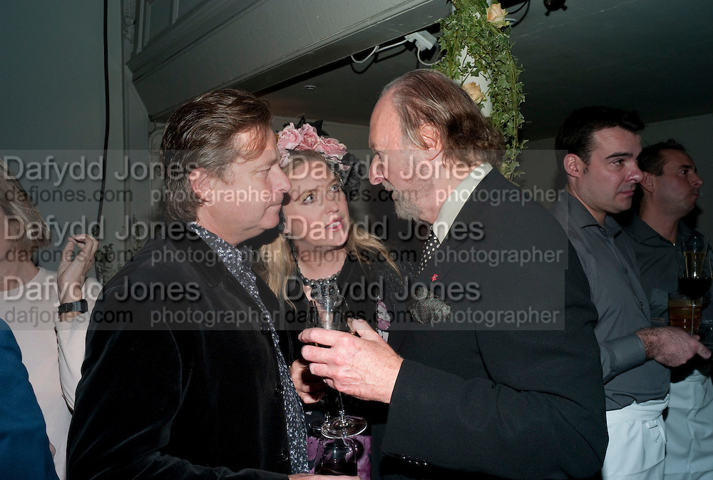 DANNY MOYNIHAN; KATRINE BOORMAN; ED VICTOR, Party for Perfect Lives by Polly Sampson. The 20th Century Theatre. Westbourne Gro. London W11. 2 November 2010. -DO NOT ARCHIVE-© Copyright Photograph by Dafydd Jones. 248 Clapham Rd. London SW9 0PZ. Tel 0207 820 0771. www.dafjones.com.