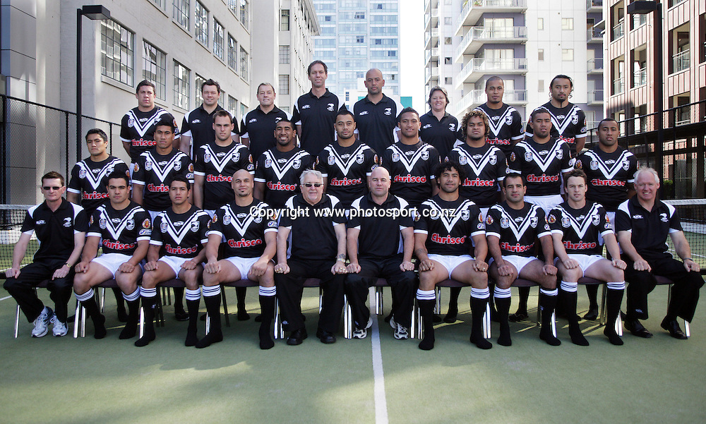 (Back Row, L-R) Nathan Cayless, Dayne Norton, (Trainer) Simon Mayhew, (Doctor) Tony Iro, (Assistant Coach) Michelle Booth, (Physio) Steve Matai, Nigel Vagana, (Middle Row, L-R) Jerome Ropati, David Fa'alogo, Simon Mannering, Iosia Soliolo, Tony Puletua, Manu Vatuvei, Epalahame Lauaki, Frank Pritchard, Roy Asotasi, (Front Row, L-R) Pat Carthy, (Business Manager) Dene Halatau, Brent Webb, Awen Guttenbeil, Peter Leitch, (Manager) Brian McClennan, (Head Coach) Ruben Wiki, (Captain) Stacey Jones, Nathan Fein and Craig Lewis (Team Psychologist) pose for a team photo at the Heritage Hotel, Auckland, New Zealand on Friday 6 October, 2006. Photo: Hannah Johnston/PHOTOSPORT *FREE FOR EDITORIAL USE ONLY*<br /> <br /> <br /> <br /> <br /> 061006