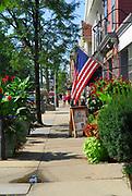 Street scene in Hudson, Ohio.