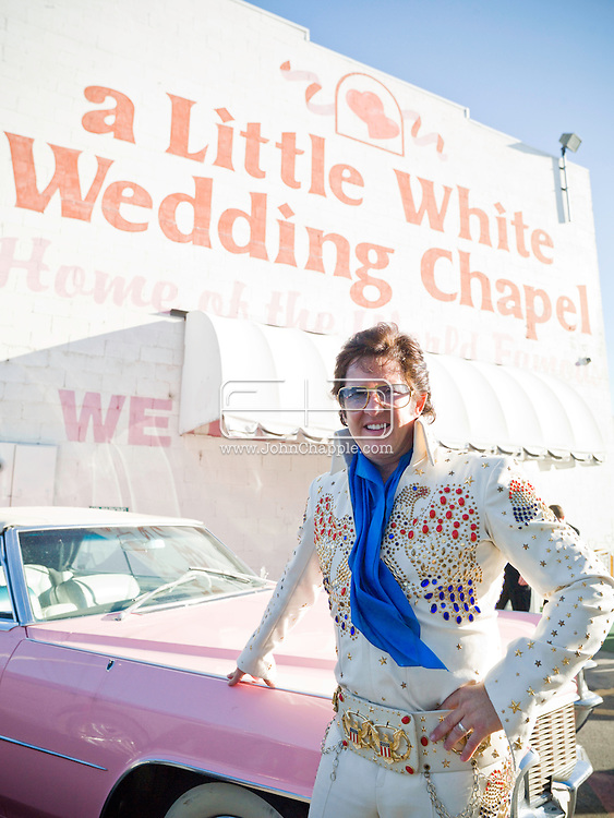 5th June 2010. Las Vegas, Nevada. Known around the world as one of the most Famous places to be married, The Little White Wedding Chapel in Las Vegas has wed stars from Britney Spears to Judy Garland. Pictured is Elvis impersonator, Paul Casey. PHOTO © JOHN CHAPPLE / www.chapple.biz.john@chapple.biz  (001) 310 570 9100.