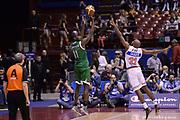 DESCRIZIONE : Milano Coppa Italia Final Eight 2014 Semifinali Enel Brindisi Montepaschi Siena<br /> GIOCATORE : Josh Charter<br /> CATEGORIA : tiro three points matteo marchi controcampo<br /> SQUADRA : Enel Brindisi Montepaschi Siena<br /> EVENTO : Beko Coppa Italia Final Eight 2014<br /> GARA : Enel Brindisi Montepaschi Siena<br /> DATA : 08/02/2014<br /> SPORT : Pallacanestro<br /> AUTORE : Agenzia Ciamillo-Castoria/C.De Massis<br /> Galleria : Lega Basket Final Eight Coppa Italia 2014<br /> Fotonotizia : Milano Coppa Italia Final Eight 2014 Semifinali Enel Brindisi Montepaschi Siena<br /> Predefinita :