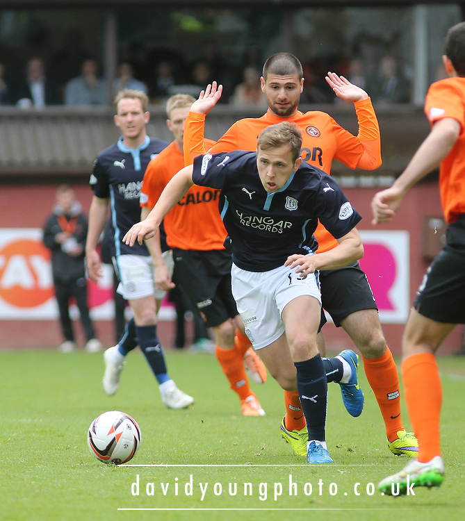 Dundee's Greg Stewart goes past Dundee United's Nadir &Ccedil;ift&ccedil;i - Dundee United v Dundee at Tannadice Park in the SPFL Premiership<br /> <br />  - &copy; David Young - www.davidyoungphoto.co.uk - email: davidyoungphoto@gmail.com