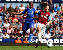 11.09.2010, Boleyn Ground Upton Park, London, ENG, PL, West Ham United vs FC Chelsea, im Bild Scott Parker of West Ham United  holds of Chelsea Ramires Barclays Premier League West Ham United v Chelsea. EXPA Pictures © 2010, PhotoCredit: EXPA/ IPS/ Kieran Galvin +++++ ATTENTION - OUT OF ENGLAND/UK +++++ / SPORTIDA PHOTO AGENCY