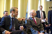 DEU, Deutschland, Germany, Berlin, 14.12.2011: <br />Der Präsident der Deutschen Bundesbank, Jens Weidmann (L), im Gespräch mit Bundesfinanzminister Wolfgang Schäuble (CDU) bei einer Veranstaltung im Bundesfinanzministerium zum 10. Jahrestag der Euro-Bargeldeinführung.