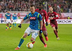 14.03.2019, Red Bull Arena, Salzburg, AUT, UEFA EL, FC Red Bull Salzburg vs SSC Napoli, Achtelfinale, Rückspiel, im Bild v.l. Arkadiusz Milik (SSC Napoli), Jerome Onguene (FC Salzburg), Andreas Ulmer (FC Salzburg) // during the UEFA Europa League round of 16, 2nd leg match between FC Red Bull Salzburg and SSC Napoli at the Red Bull Arena in Salzburg, Austria on 2019/03/14. EXPA Pictures © 2019, PhotoCredit: EXPA/ Johann Groder