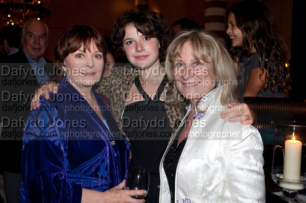 ISLA BLAIR; JESSIE BUCKLEY; BARONESS HELENA KENNEDY, , Massimo's restaurant at the Corinthia Hotel, Whitehall  host the after party  for 'Claire Rayner's benefit show' 5 June 2011. <br /> <br />  , -DO NOT ARCHIVE-© Copyright Photograph by Dafydd Jones. 248 Clapham Rd. London SW9 0PZ. Tel 0207 820 0771. www.dafjones.com.