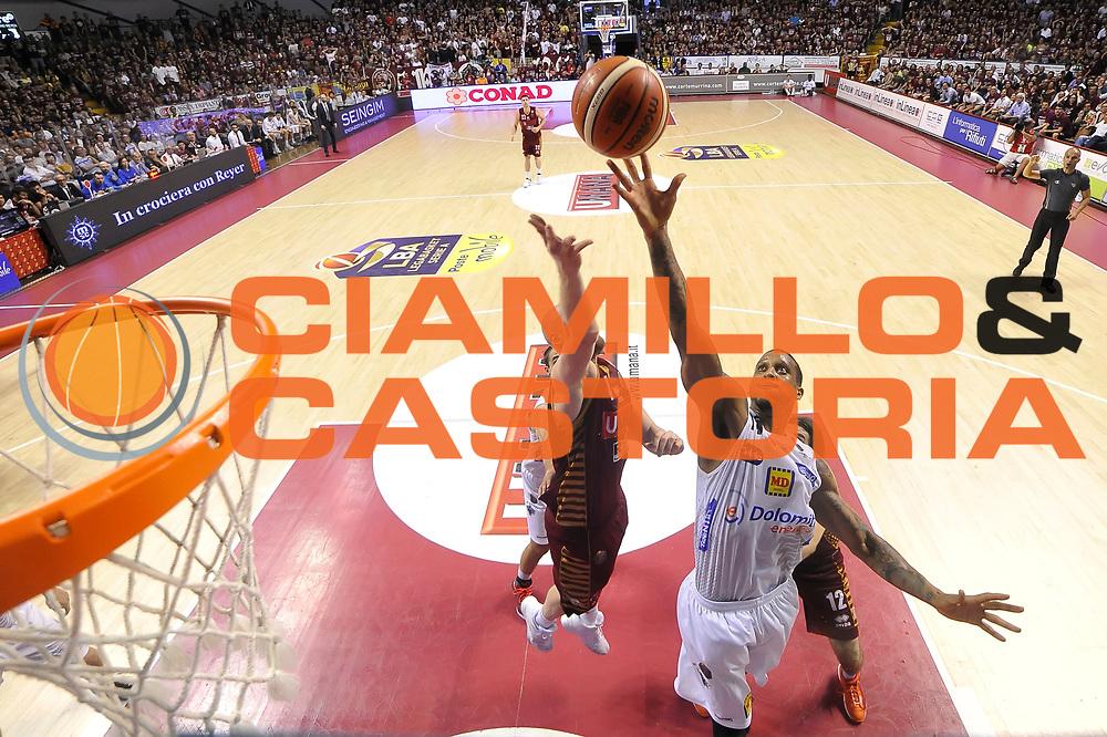 Joao Gomes<br /> Umana Reyer Venezia - Dolomiti Energia Aquila Basket Trento<br /> Lega Basket Serie A 2016/2017<br /> Playoff, finale gara 2<br /> Venezia, 12/06/2017<br /> Foto M.Ceretti / Ciamillo-Castoria