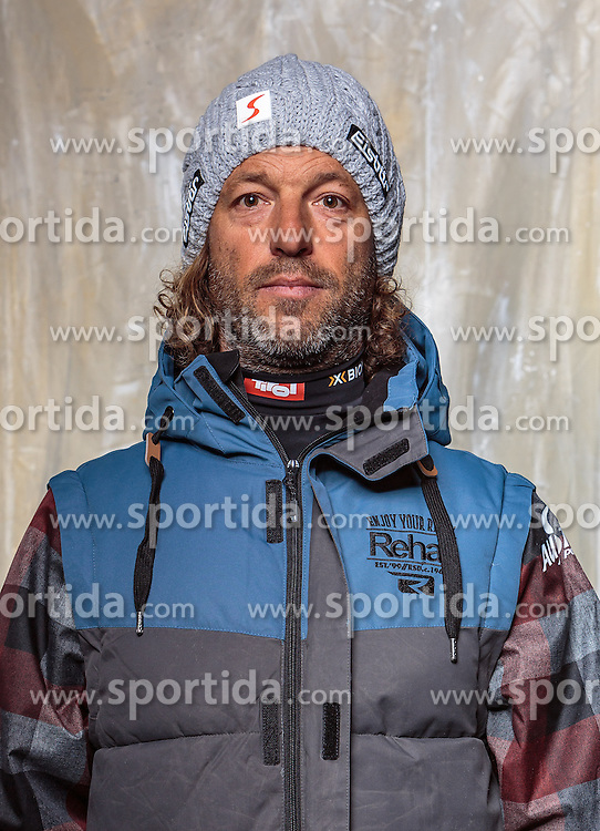 08.10.2016, Olympia Eisstadion, Innsbruck, AUT, OeSV Einkleidung Winterkollektion, Portraits 2016, im Bild Thomas Greil, Snowboard // during the Outfitting of the Ski Austria Winter Collection and official Portrait Photoshooting at the Olympia Eisstadion in Innsbruck, Austria on 2016/10/08. EXPA Pictures © 2016, PhotoCredit: EXPA/ JFK