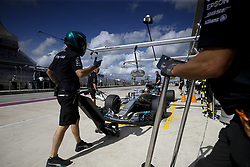 October 21, 2017 - Austin, United States of America - Motorsports: FIA Formula One World Championship 2017, Grand Prix of United States, .#44 Lewis Hamilton (GBR, Mercedes AMG Petronas F1 Team) (Credit Image: © Hoch Zwei via ZUMA Wire)