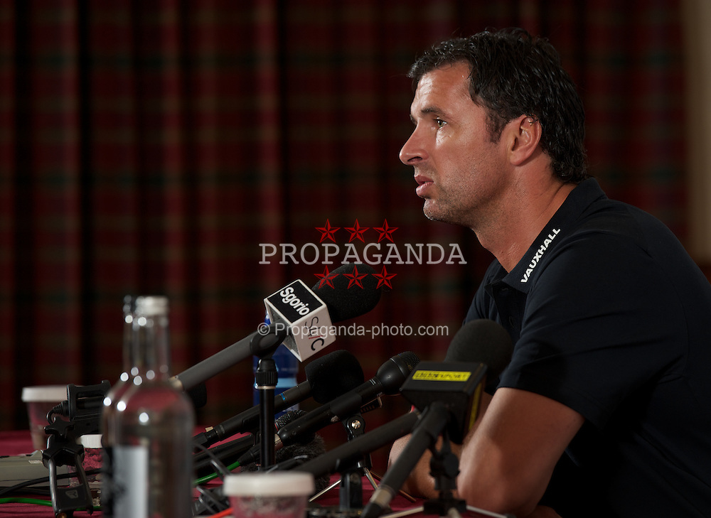 NEWPORT, WALES - Thursday, September 1, 2011: Wales' manager Gary Speed MBE during a press conference at the Celtic Manor Resort Hotel ahead of the UEFA Euro 2012 Qualifying Group G match against Montenegro. (Pic by David Rawcliffe/Propaganda)