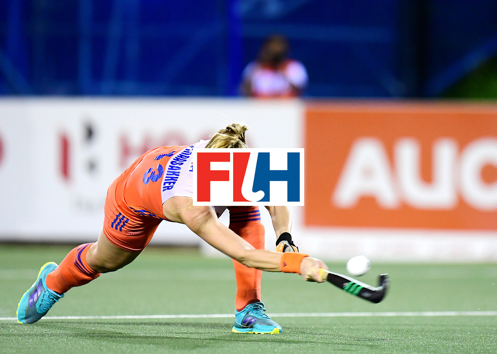 AUCKLAND - Sentinel Hockey World League final women<br /> Match id:10322<br /> 22 NED v NZL (Final)<br /> Foto: Caia Van Maasakker  <br /> WORLDSPORTPICS COPYRIGHT FRANK UIJLENBROEK