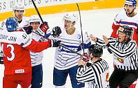 Altercation Antoine Roussel - 07.05.2015 - Republique Tcheque / France - Championnat du Monde de Hockey sur Glace <br /> Photo : Xavier Laine / Icon Sport