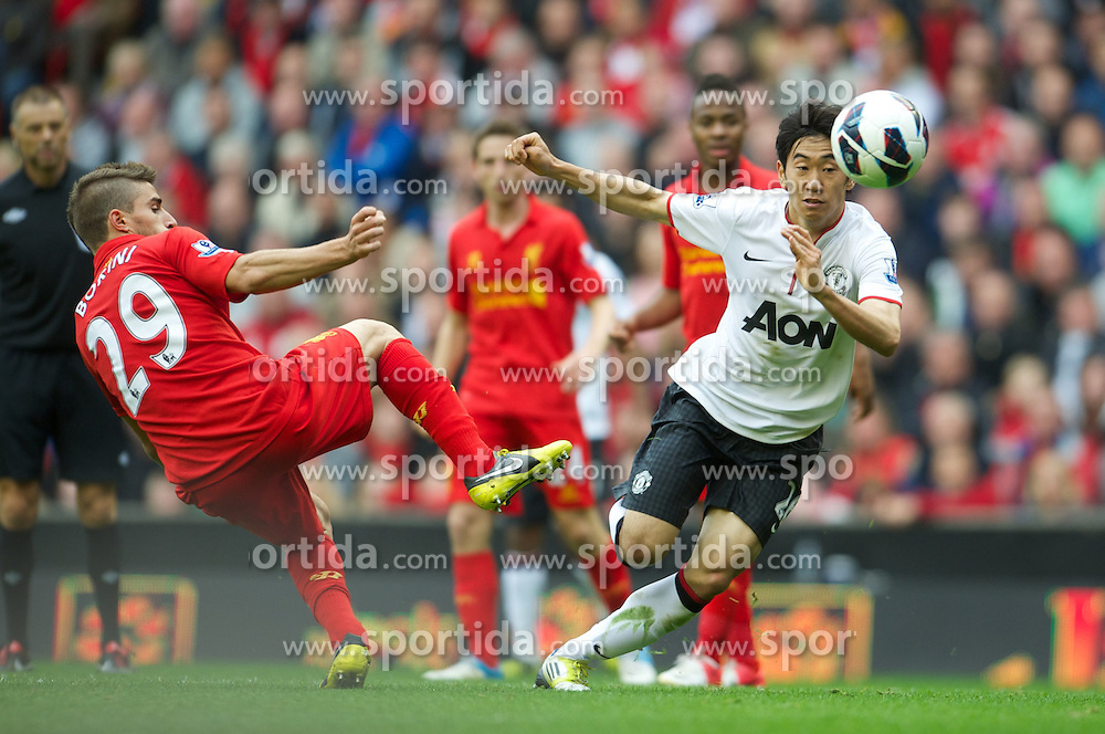 23.09.2012, Anfield, Liverpool, ENG, Premier League, FC Liverpool vs Manchester United, 5. Runde, im Bild Liverpool's Fabio Borini in action against Manchester United's Shinji Kagawa during the English Premier League 5th round match between Liverpool FC and Manchester United at Anfield, Liverpool, Great Britain on 2012/09/23. EXPA Pictures © 2012, PhotoCredit: EXPA/ Propagandaphoto/ David Rawcliff..***** ATTENTION - OUT OF ENG, GBR, UK *****