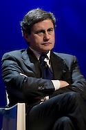 """Roma 21/01/2009 - IV Conferenza nazionale sul Digitale Terrestre dal titolo """"Niente è come prima"""".  NELLA FOTO: Gianni Alemanno, sindaco di Roma."""