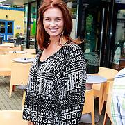NLD/Hilversum/20130822 - Cast nieuwe TROS-jeugdserie CAPS CLUB, Leontine Borsato - Ruiters