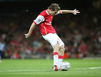 Photo: Chris Ratcliffe.<br /> Arsenal v FC Porto. UEFA Champions League, Group G. 26/09/2006.<br /> Alexander Hleb of Arsenal scoring the second goal.