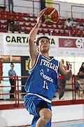 DESCRIZIONE : Porto San Giorgio Raduno Collegiale Nazionale Maschile Amichevole Italia Premier Basketball League<br /> GIOCATORE : Lorenzo D'ercole<br /> SQUADRA : Nazionale Italia Uomini<br /> EVENTO : Raduno Collegiale Nazionale Maschile Amichevole Italia Premier Basketball League<br /> GARA : Italia Premier Basketball League<br /> DATA : 11/06/2009 <br /> CATEGORIA : tiro penetrazione<br /> SPORT : Pallacanestro <br /> AUTORE : Agenzia Ciamillo-Castoria/C.De Massis<br /> Galleria : Fip Nazionali 2009<br /> Fotonotizia :  Porto San Giorgio Raduno Collegiale Nazionale Maschile Amichevole Italia Premier Basketball League<br /> Predefinita :