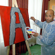 NLD/Amsterdam/20060210 - Bekende Nederlanders schilderen voor de veiling van de stichting Lezen en Schrijven, Humberto Tan