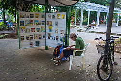 Programa Bibliopraças, na Praça Emancipação, no centro de Canoas. FOTO: André Feltes/ Agencia Preview