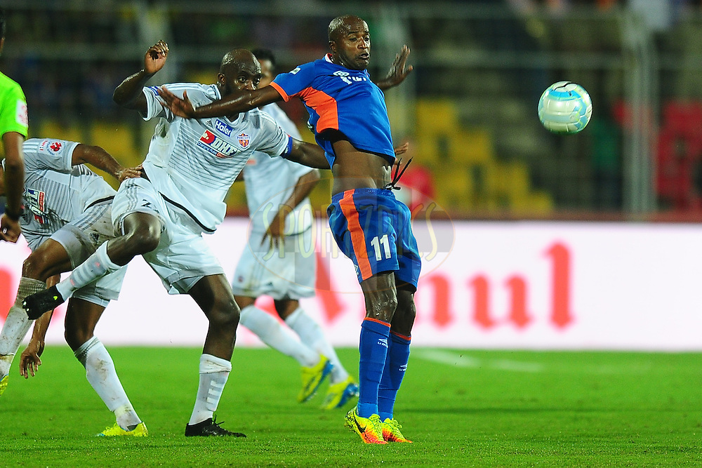 Reinaldo da Cruz Oliveira of FC Goa during match 8 of the Indian Super League (ISL) season 3 between FC Goa and FC Pune City held at the Fatorda Stadium in Goa, India on the 8th October 2016.<br /> <br /> Photo by Faheem Hussain / ISL/ SPORTZPICS