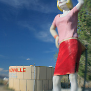 Fourty Foot Woman - Pearsonville, CA - Lensbaby