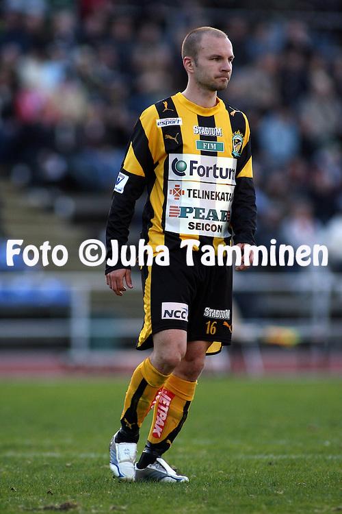 27.04.2007, Vuosaari, Helsinki, Finland..Veikkausliiga 2007 - Finnish League 2007.FC Viikingit - FC Honka.Tero Koskela - Honka.©Juha Tamminen.....ARK:k