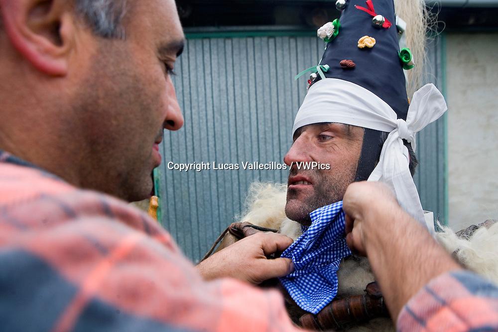 `La Vijanera´carnival,`Zamarraco´preparing the carnival, Silio, Molledo. Cantabria, Spain.