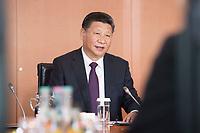 05 JUL 2017, BERLIN/GERMANY:<br /> Xi Jinping, Staatspraesident der Volksrepublik China, zu Beginn eines Treffens mit Bundeskanzlerin M erkel, Kleiner Kabinettsaal, Bundeskanzleramt<br /> IMAGE: 20170705-01-017