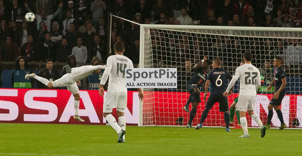 Cristiano Ronaldo (Real Madrid) is just foiled at the back post