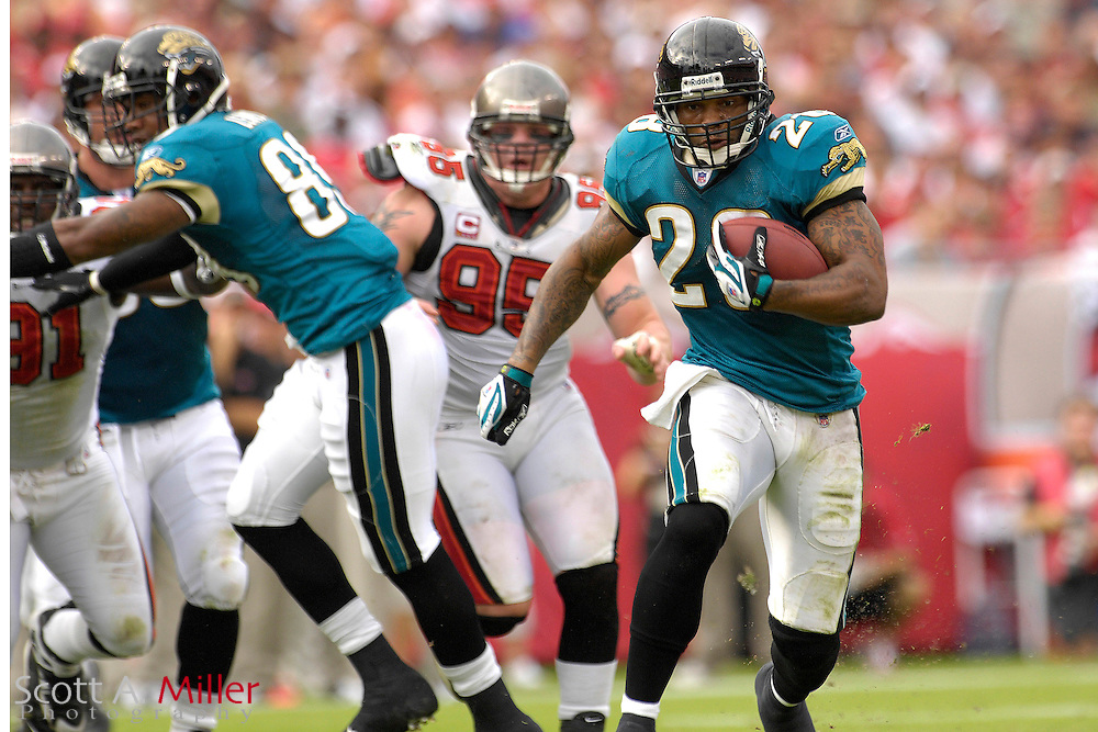 Jacksonville Jaguars running back Fred Taylor (28) during his team's game against the Tampa Bay Buccaneers at Raymond James Stadium on  Oct. 28, 2007 ...©2007 Scott A. Miller