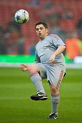 LIVERPOOL, ENGLAND - Thursday, May 14, 2009: Liverpool Echo's James Pearce during a match before the Hillsborough Memorial Charity Game at Anfield. (Photo by David Rawcliffe/Propaganda)