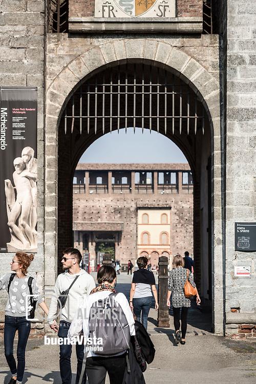 Emiliano Albensi<br /> 14/10/2017 Milano<br /> Nella foto: il Castello Sforzesco a Milano<br /> <br /> Emiliano Albensi<br /> 14/10/2017 Milan<br /> In the picture: the Sforza Castle in Milan