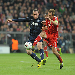 09-04-2014 GER: UEFA CL FC Bayern Munchen - Manchester United, Munchen<br /> Wayne Rooney (Manchester United) gegen Philipp Lahm (FC Bayern Muenchen) // during the UEFA Champions League Round of 8, 2nd Leg match  <br /> **** NETHERLANDS ONLY ****