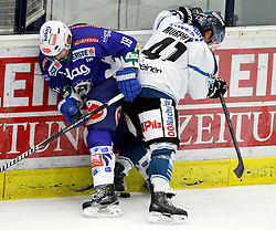 02.11. 2014, Stadthalle, Villach, AUT, EBEL, EC VSV vs EHC LIWEST Black Wings Linz, 16. Runde, im Bild v.l.Jason Krog (VSV) und Curtis Murphy (Linz) // during the Erste Bank Icehockey League 16th round match between EC VSV vs EHC LIWEST Black Wings Linz at the City Hall in Villach, Austria on 2014/11/02, EXPA Pictures © 2014, PhotoCredit: EXPA/ Oskar Hoeher