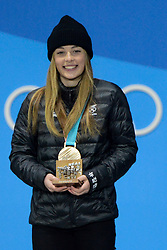 February 22, 2018 - Pyeongchang, South Korea - ZOI SADOWSKI SYNNOTT of New Zealand with her bronze medal from the Ladies' Ski Big Air snowboard event in the PyeongChang Olympic Games. (Credit Image: © Christopher Levy via ZUMA Wire)