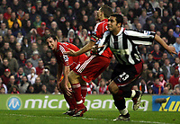 "Photo: Paul Thomas.<br /> Liverpool v Sheffield United. The Barclays Premiership. 24/02/2007.<br /> <br /> Robbie Fowler (L) of Liverpool rues a missed chance after missing which would have been his ""hat-trick"" goal."