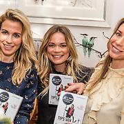NLD/Amsterdam/20170109 - boekpresentatie Jet van Nieuwkerk - Tips van Jet, Vivian Reijs, Jet van Nieuwkerk en Renee Vervoorn