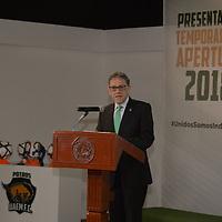 Toluca, México.- (Julio 12, 2018).- Alfredo Barrera Baca, rector de la UAEMex durante la presentación del nuevo uniforme de Potros UAEM FC para la temporada 2018-2019. Agencia MVT / Crisanta Espinosa.