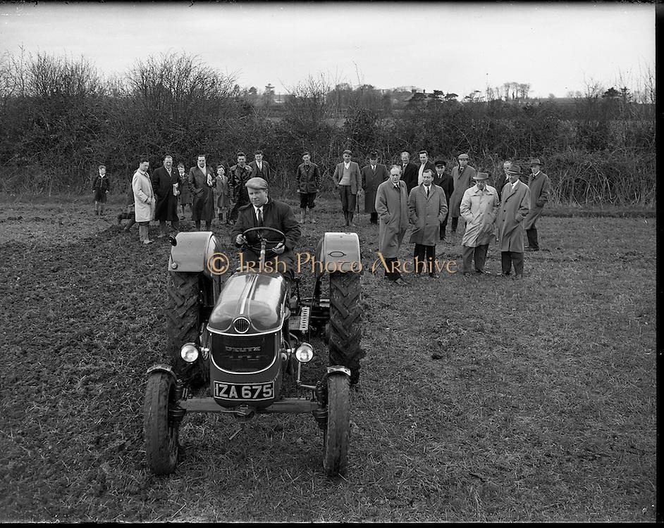04/04/1960.04/04/1960.04 April 1960.Deutz tractor demonstrations at Collinstown.