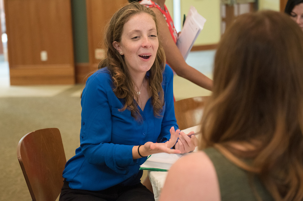 Jackie Osbourne talks with her mentor during the Women's Mentoring Meet and Greet event on Sept. 4, 2018 in Walter Rotunda. Photo by Hannah Ruhoff
