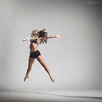 DANCE IN STUDIO