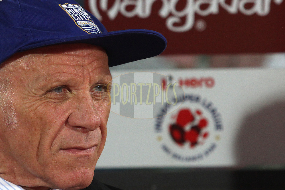 Mumbai City FC coach Peter Reid during match 56 of the Hero Indian Super League between NorthEast United FC<br /> and Mumbai City FC held at the Indira Gandhi Stadium, Guwahati, India on the 10th December  2014.<br /> <br /> Photo by:  Shaun Roy / ISL/ SPORTZPICS