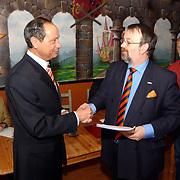 Ondertekening en aanbieden collegeprogramma gemeente Huizen