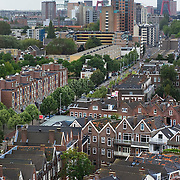 Nederland Rotterdam 01-10-2009 20091001 ..Overzicht achterstandswijk Crooswijk, op de achtergrond het centrum van Rotterdam            ..Foto: David Rozing