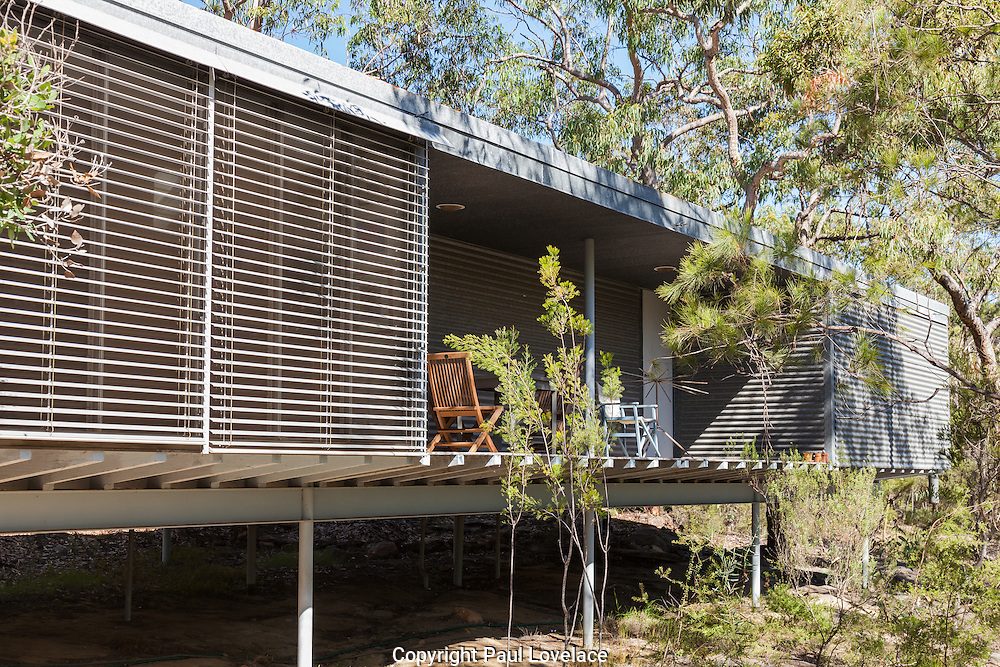 Syd Ball's classic  Murcutt house, designed by Glenn Murcutt, Glenorie, NSW, Australia. Built on a 25 acre block of bushland at Glenorie, 50 kilometeres north of Sydney. The house attract many visitors and in true Murcutt values fits into the Australian landscape.