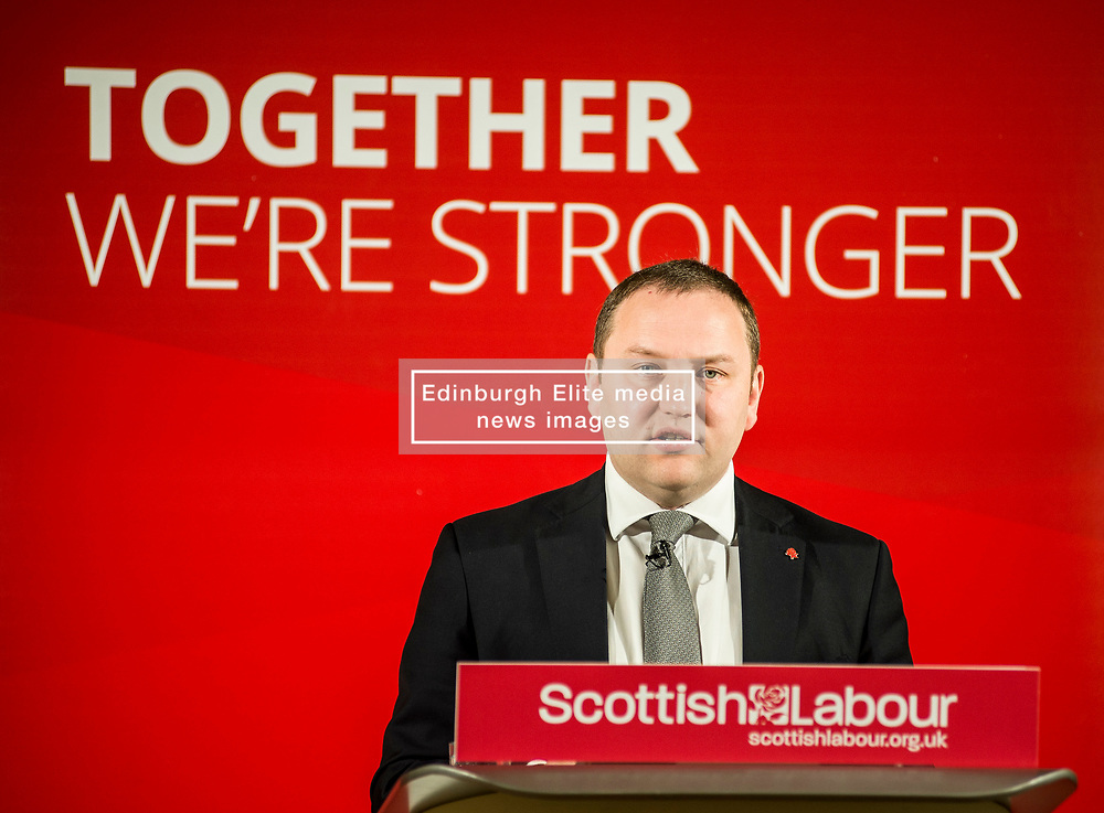 Scottish Labour candidate for Edinburgh South Ian Murray campaigns at the Eric Liddell Centre in Edinburgh in the run up to the council elections on Thursday.<br /> <br /> © Dave Johnston/ EEm