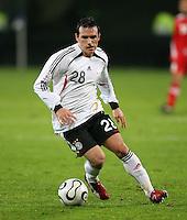Fussball International Laenderspiel Testspiel Deutschland 2-0 Georgien Piotr Trochowski (GER) am Ball